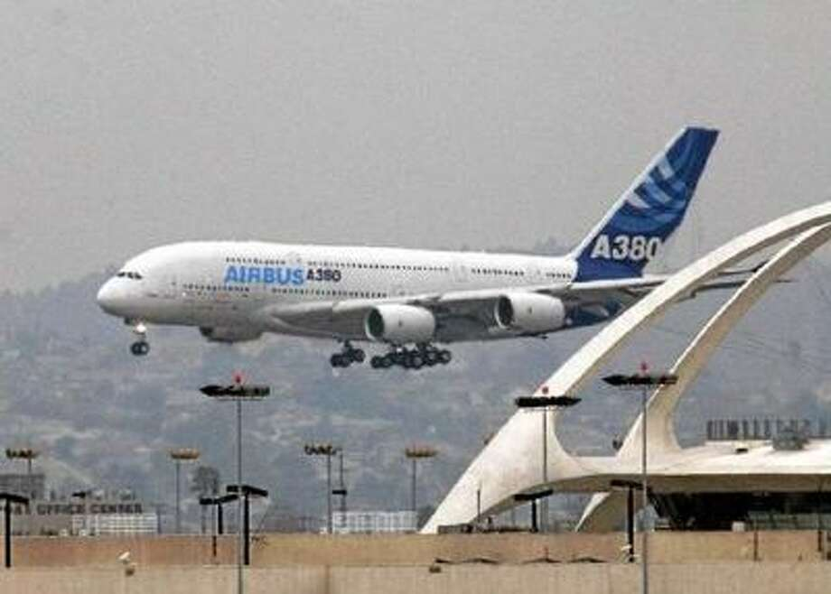 Airbus A380 lands at LAX Monday, March 19, 2007.