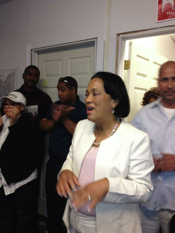 Toni Harp rallies the troops gathered for training to get her name on the  sept. 10 Democratic primary ballot. Mary O'Leary/New Haven Register