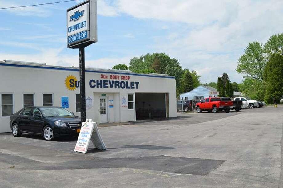 Sun Chevy Chittenango >> Business Of The Week Sun Auto Body Shop In Chittenango