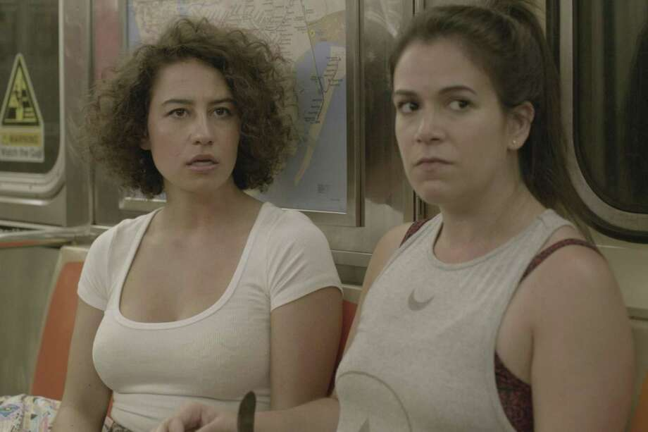 Broad City: The season 4 premiere is here early
