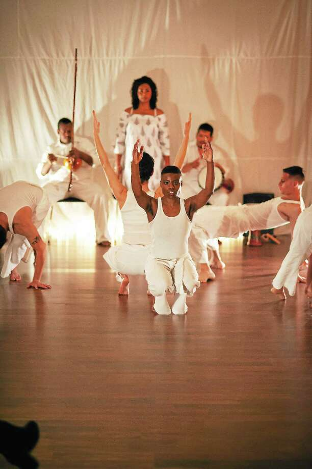 """The Elm City Dance Collective's lively """"Contemporanea,"""" is one of two works the host troupe will perform. Photo: Joel Callaway"""