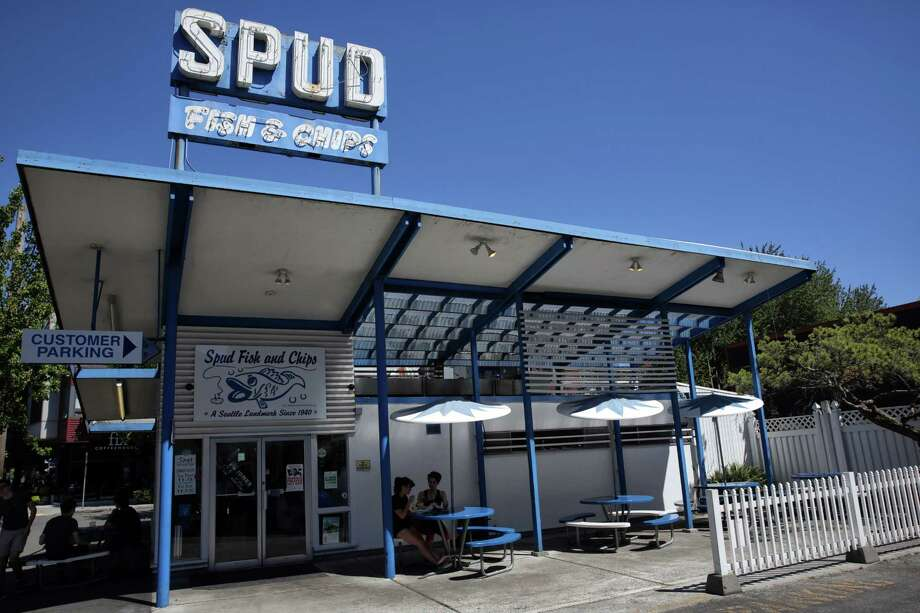 """20. Spud Fish and Chips, the Alki location at 2666 Alki Ave. S.W.Jim M.: """"Simply a landmark, must go when in the area, and a nice drive from the city. I like the fish & chips, but the chowders are where it's at for me."""" Photo: GENNA MARTIN, SEATTLEPI.COM / SEATTLEPI.COM"""