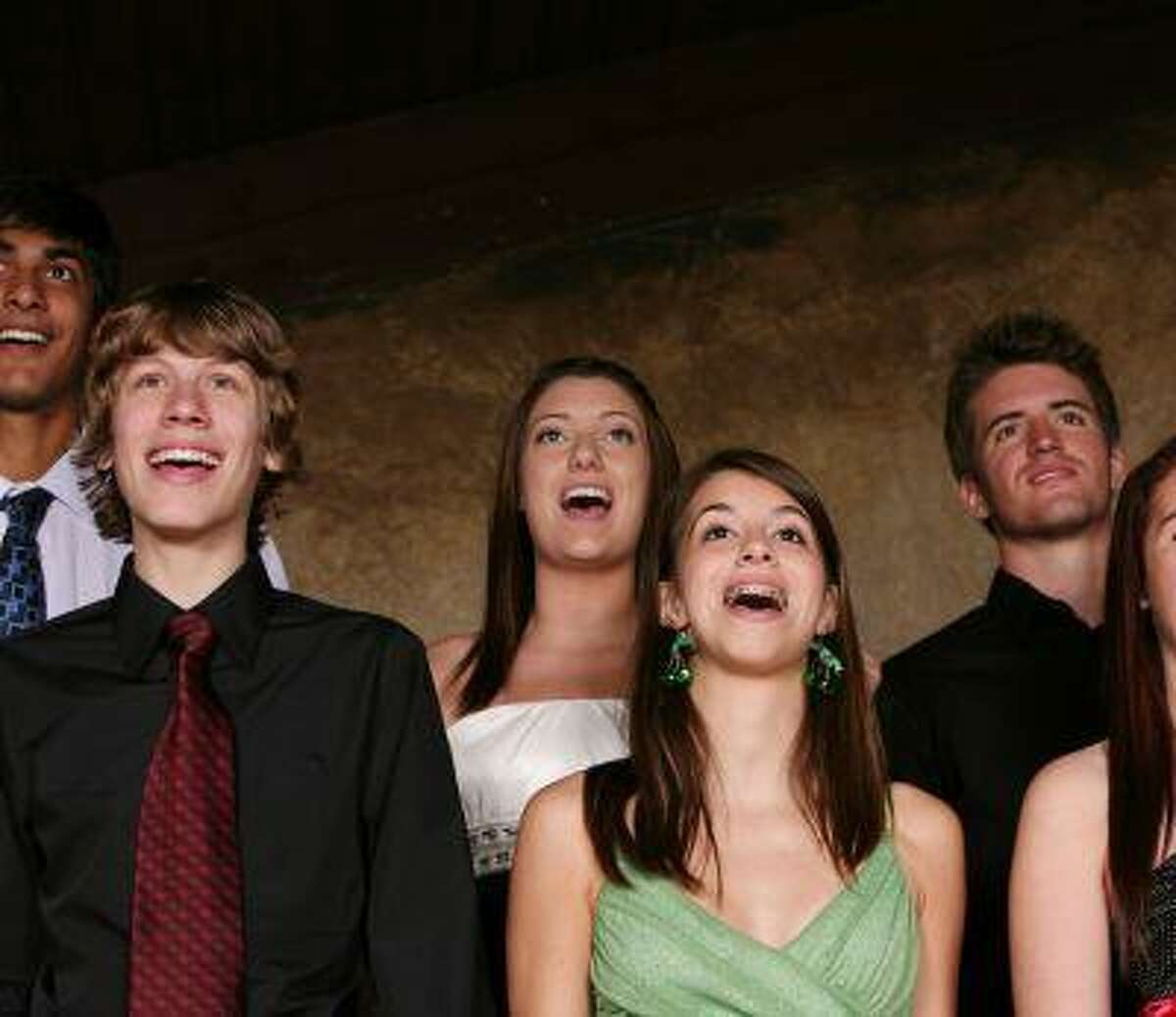 A new study finds that singing in a choir may be good for your heart. (Shutterstock)