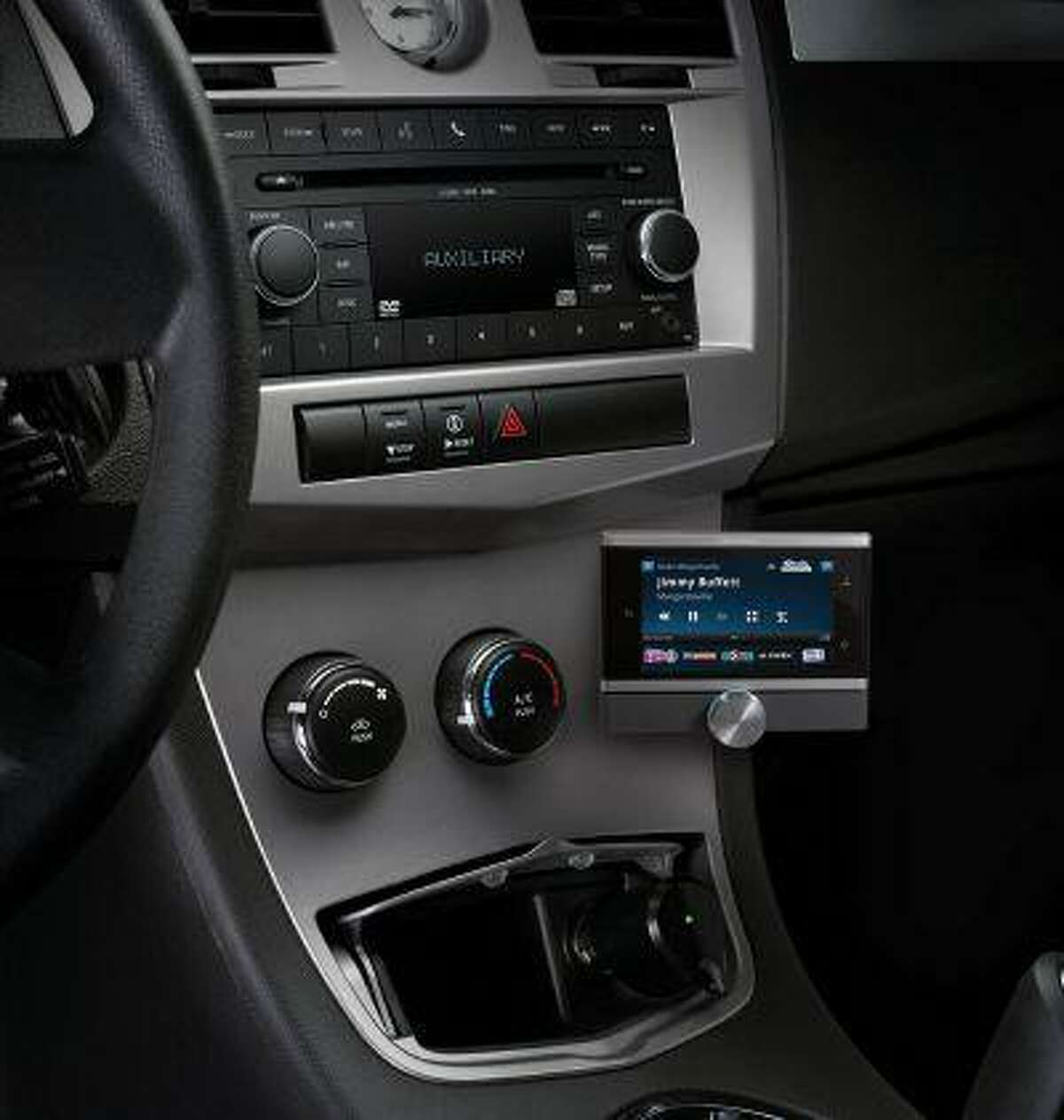 SiriusXM Lynx Portable Radio, the first SiriusXM 2.0 radio with new features and offering an expanded channel lineup. (PRNewsFoto/Sirius XM Radio)