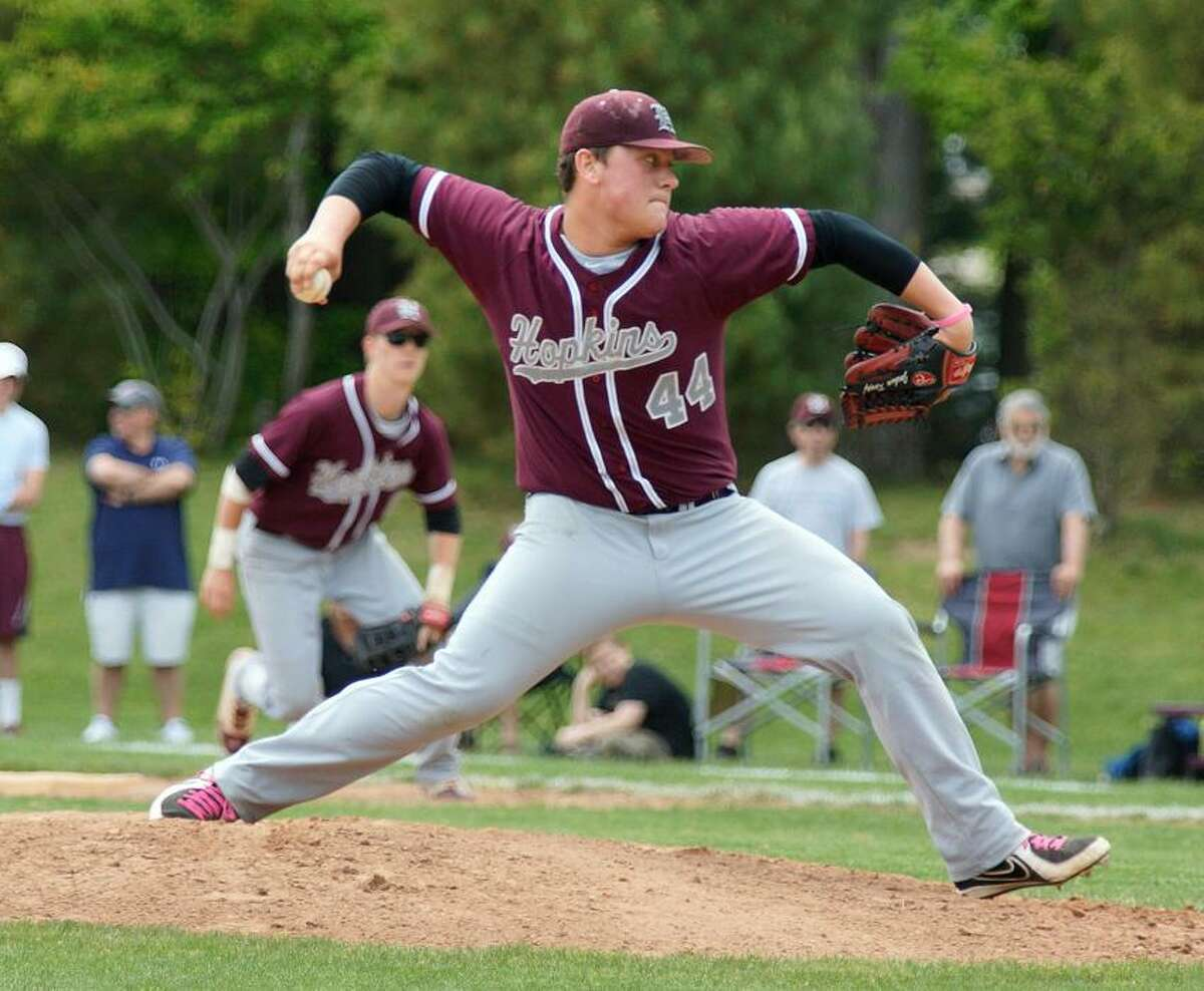New Haven-- Hopkin's Josh Knopf delivers during the 4th inning. Photo-Peter Casolino/Register pcasolino@newhavenregister.com