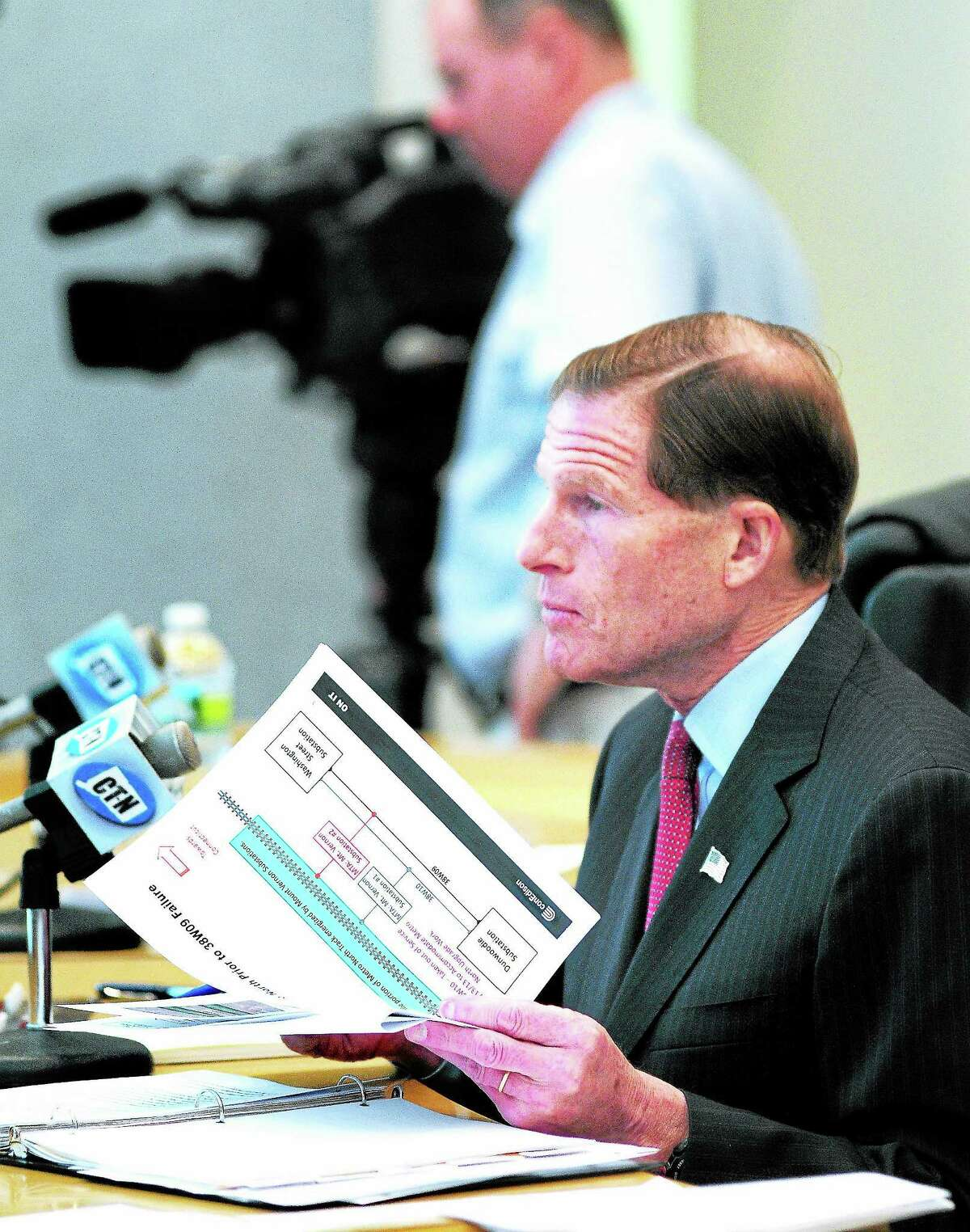 (Arnold Gold — New Haven Register) U.S. Senator Richard Blumenthal chairs a Senate committee hearing concerning the recent power outage to Metro-North trains at Bridgeport City Hall on 10/28/2013.