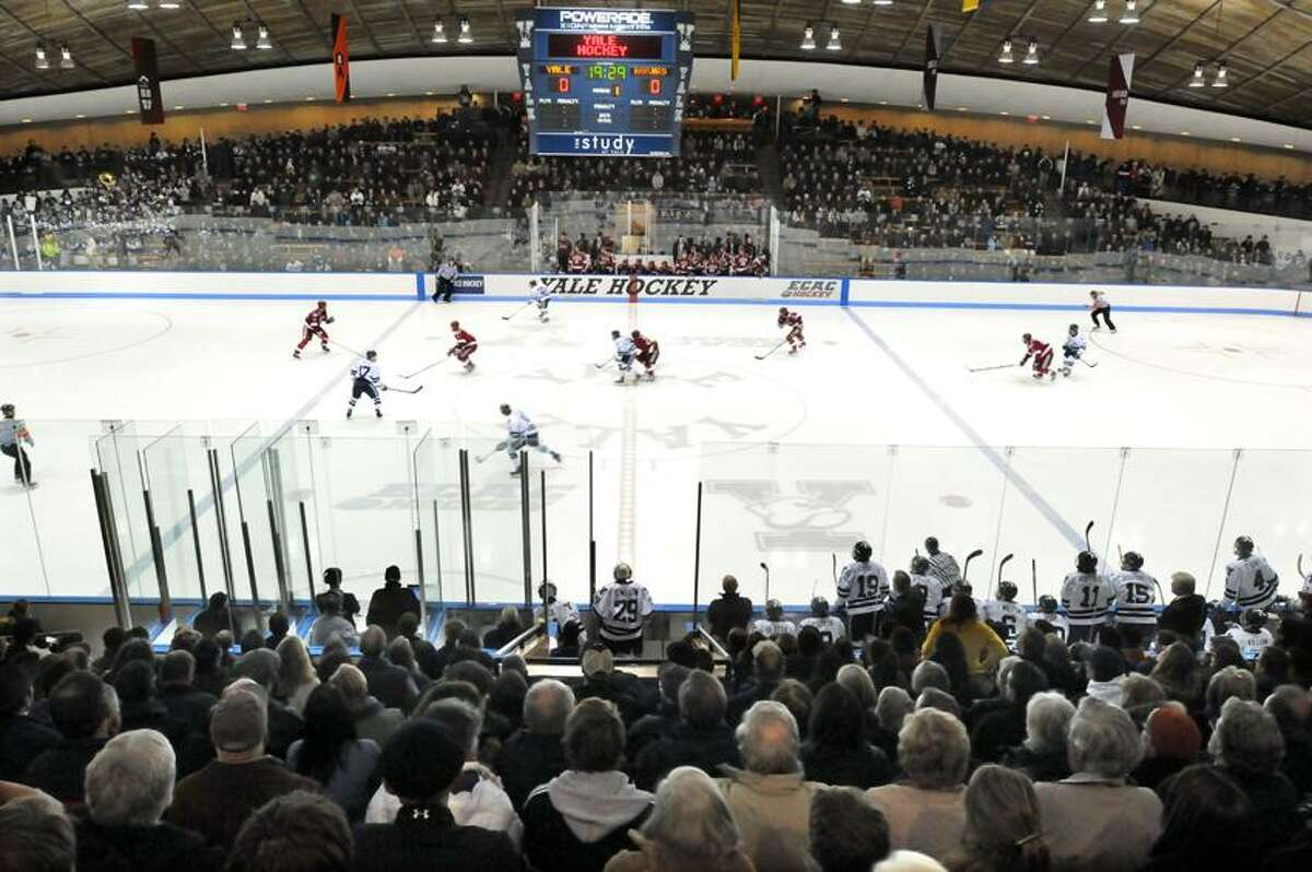 Harvard at Yale, men's hockey, Ingalls Rink. Mara Lavitt/New Haven Register1/18/13