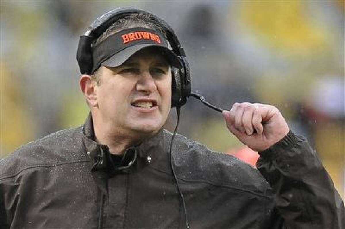 Cleveland Browns head coach Rob Chudzinski during the second quarter of an NFL football game against the Pittsburgh Steelers on Sunday, Dec. 29, 2013, in Pittsburgh.