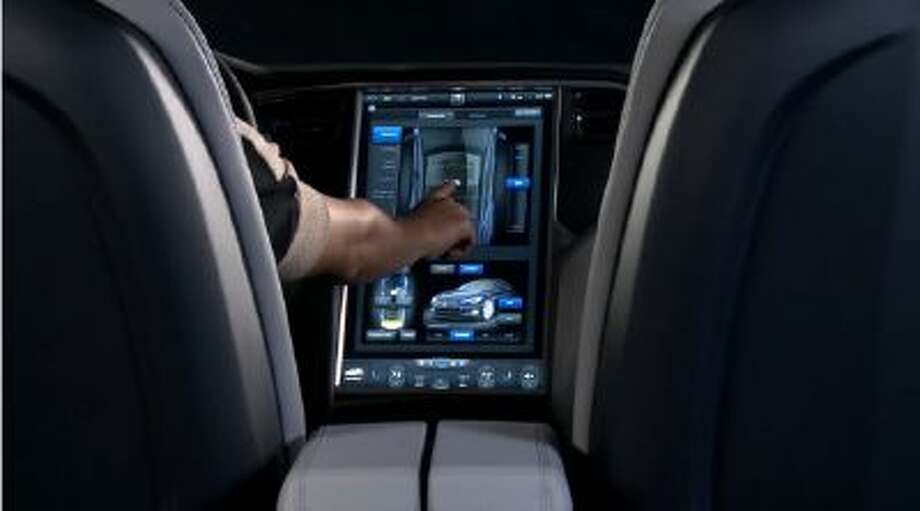 Tesla Model S 17-inch touch screen.