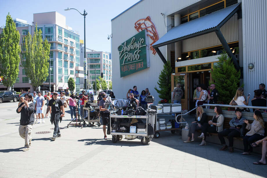 The Grey's Anatomy crew sets up for a shot in Anthony's Pier 66, Tuesday, July 25, 2017. Photo: GRANT HINDSLEY, SEATTLEPI.COM / SEATTLEPI.COM