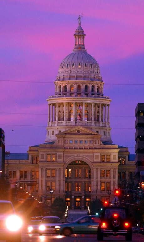 The Texas Capitol Photo: EDWARD A. ORNELAS, MBR / SAN ANTONIO EXPRESS-NEWS