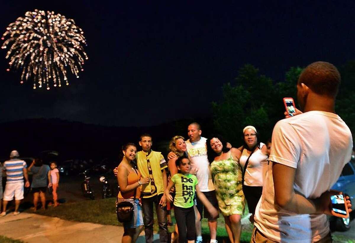 Melanie Stengel -- Register New Haven Fireworks at East Rock Park