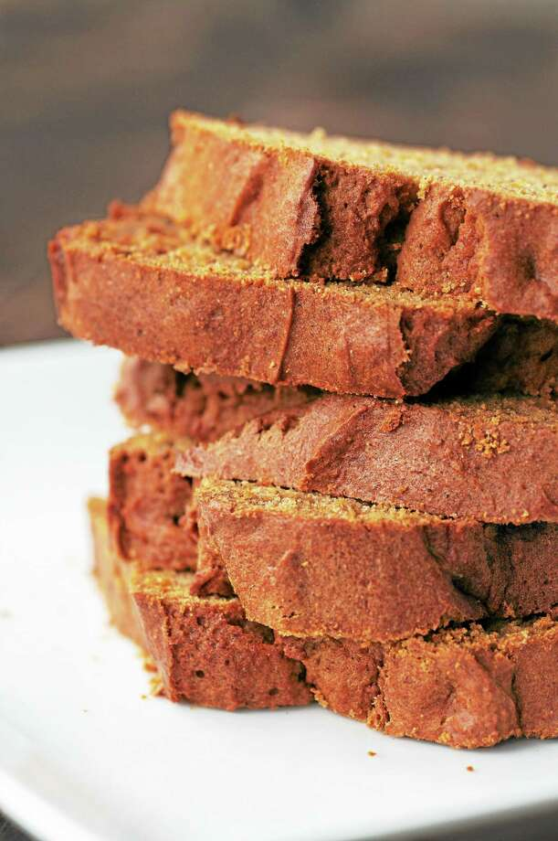 Orange Spiced Pumpkin Bread With Hazelnuts and Cranberries. Photo: Fotolia   / JOSIE GRANT PHOTOGRAPHY