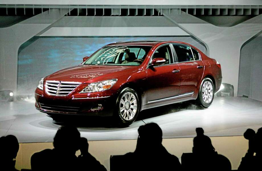 The 2009 Hyundai Genesis at the North American International Auto Show in Detroit. U.S. safety regulators are investigating complaints of brake problems on Hyundai Genesis full-size luxury cars. Photo: Paul Sancya — The Associated Press File Photo   / AP