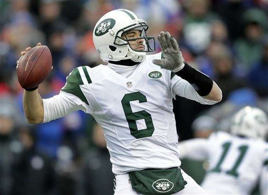 New York Jets quarterback Mark Sanchez (6) throws a pass during the second half of an NFL football game against the Buffalo Bills on Sunday, Dec. 30, 2012, in Orchard Park, N.Y. (AP Photo/Gary Wiepert) Photo: ASSOCIATED PRESS / AP2012