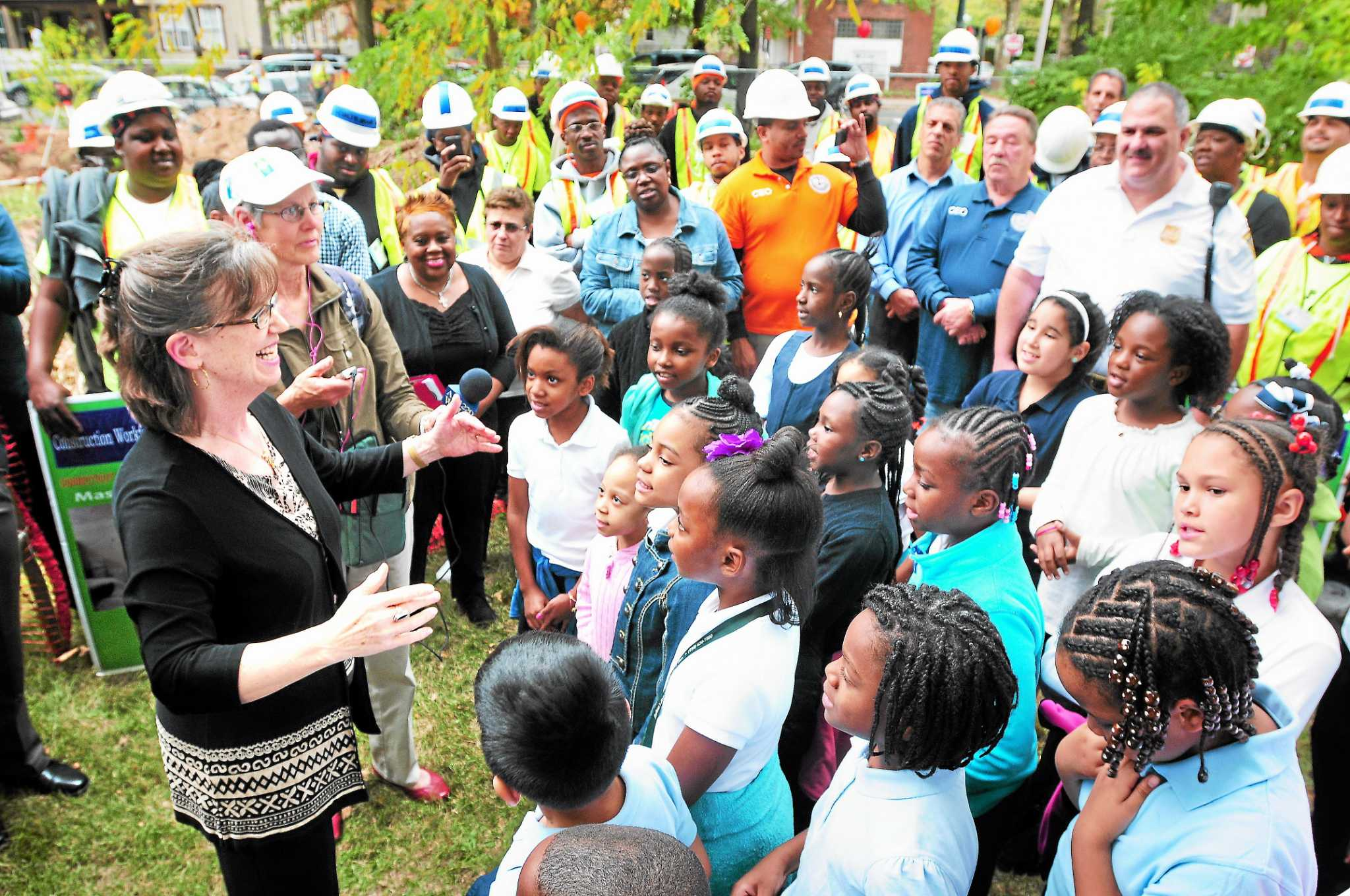 new haven community garden getting a greenhouse new haven register