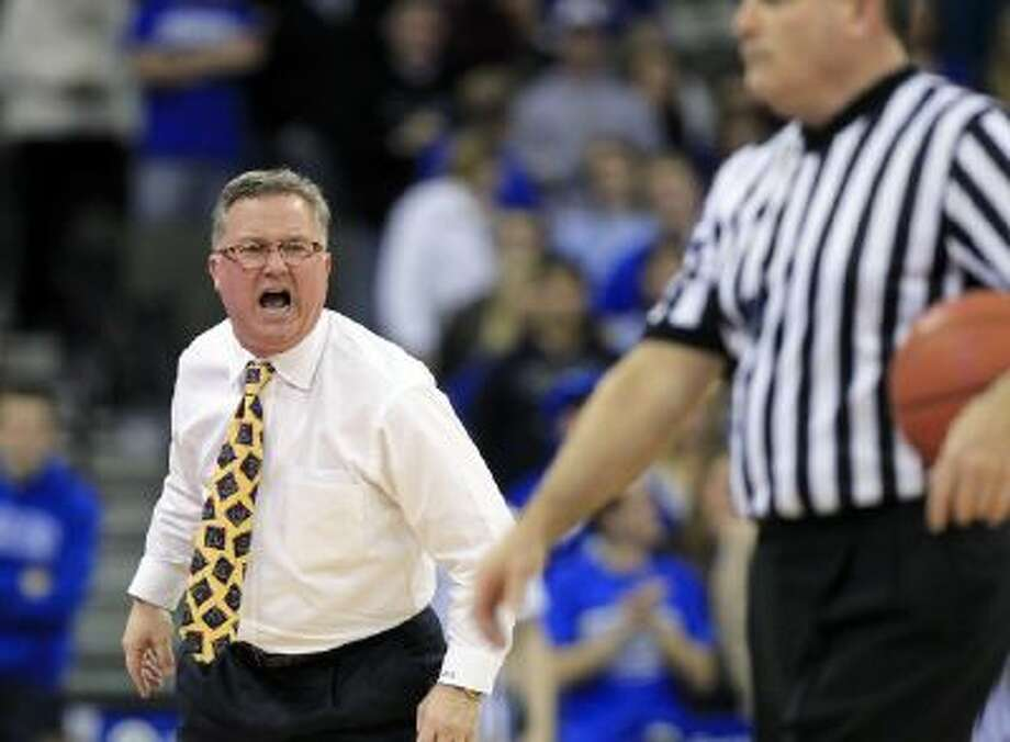 Southern Illinois head coach Barry Hinson, shown here in a February 2013 game.