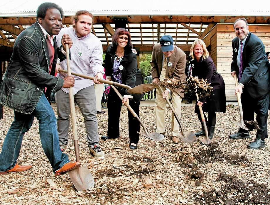 (Melanie Stengel — New Haven Register )    Groundbreaking  ceremony for the new green building at Common Ground High school 10/15 Photo: Journal Register Co.