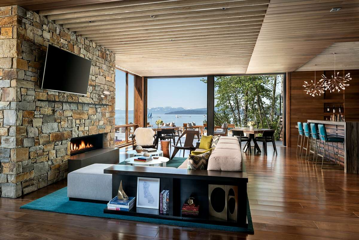 The new Lake Club of the Ritz-Carlton, Lake Tahoe, includes a second-story lounge and deck with North Shore views.