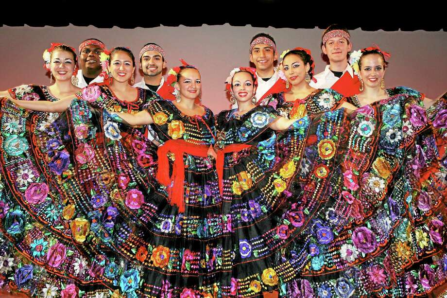 Ballet Folklorico Mexicano de Yale Photo: Journal Register Co.