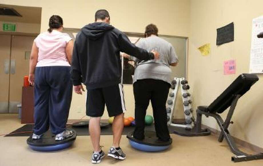 """The 2013 edition of """"America's Health Rankings"""" by United Health Foundation, the American Public Health Association and Partnership for Prevention says that, """"for the first time in decades,"""" the nation's obesity rate did not rise between 2012 and 2013. Americans are also becoming more physically active, the report says."""