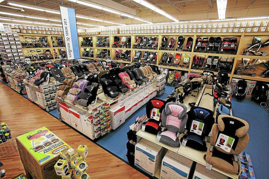 Buybuybaby Opens 1st State Location At Post Mall New Haven Register
