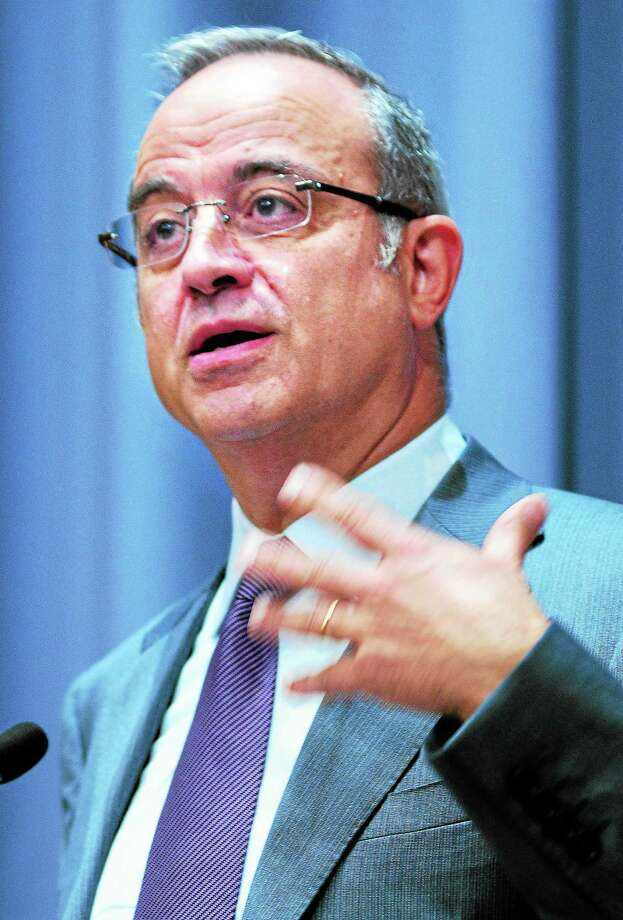 """Marwan Muasher, former foreign minister of Jordan, speaks about """"The Second Arab Awakening and the Battle for Pluralism"""" at Yale University's Luce Hall in New Haven Wednesday. Photo: Arnold Gold — New Haven Register"""