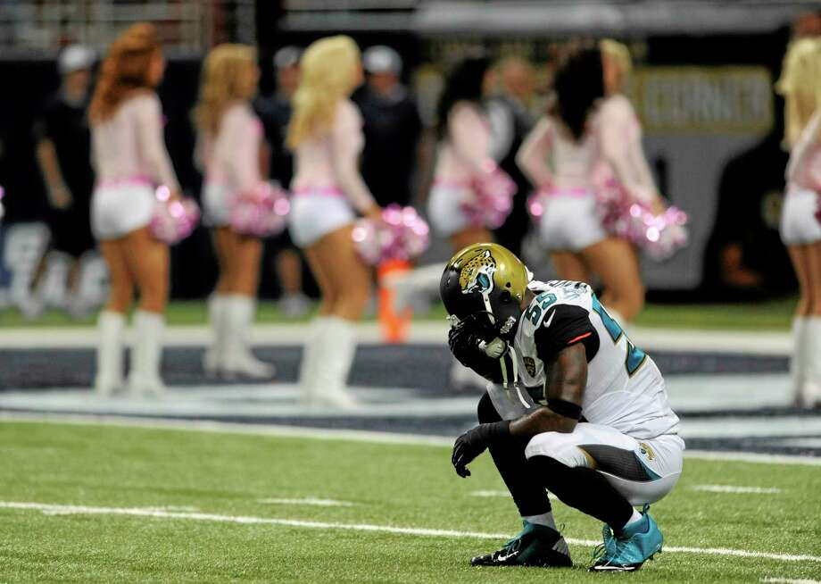 Geno Hayes and the Jaguars will be four-touchdown underdogs on Sunday against the Broncos. Photo: L.G. Patterson — The Associated Press   / FR23535 AP