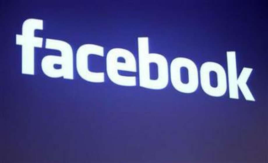 The Facebook logo is shown at Facebook headquarters in Palo Alto, California May 26, 2010. REUTERS/Robert Galbraith Photo: REUTERS / X90034