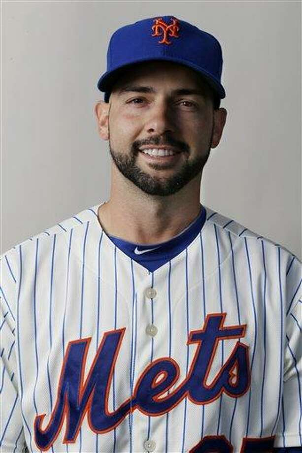 This is a 2013 photo starting pitcher Dillon Gee of the New York Mets baseball team. This image reflects the Cardinals active roster as of Feb. 19, 2013, when this image was taken. (AP Photo/Julio Cortez) Photo: AP / MLBPV AP