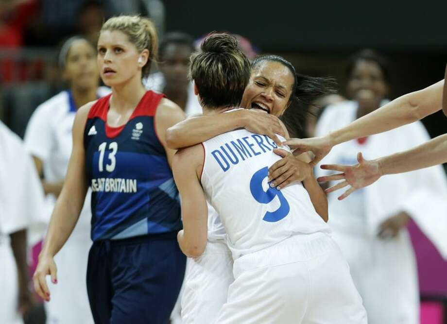 At left is Johannah Leedham. (AP Photo/Charles Krupa) Photo: AP / AP