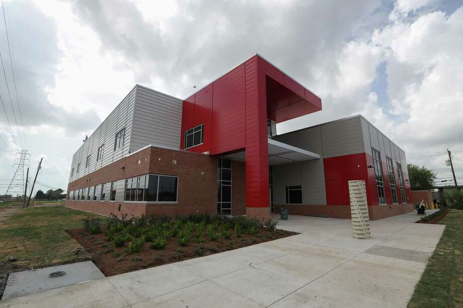 South Houston High School Is Among Pasadena ISDu0027s Schools To Offer The  Early College Program.