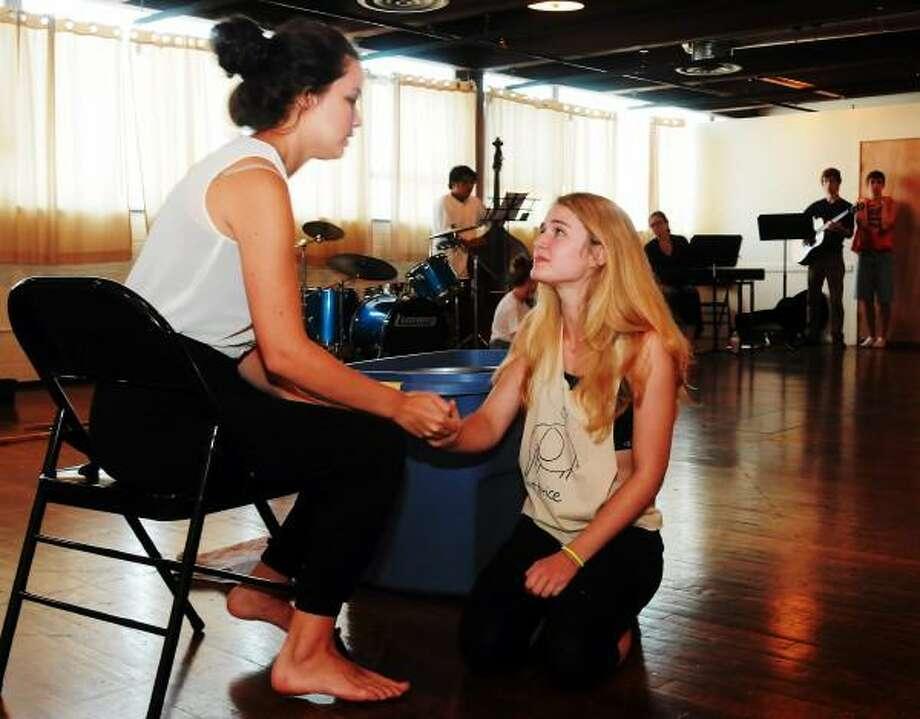"Mara Lavitt -- Register photo: Juliet (Dawn Williams) seeks the help of the Nurse (Rachel Skalka) in a scene from ""Romeo and Juliet."""