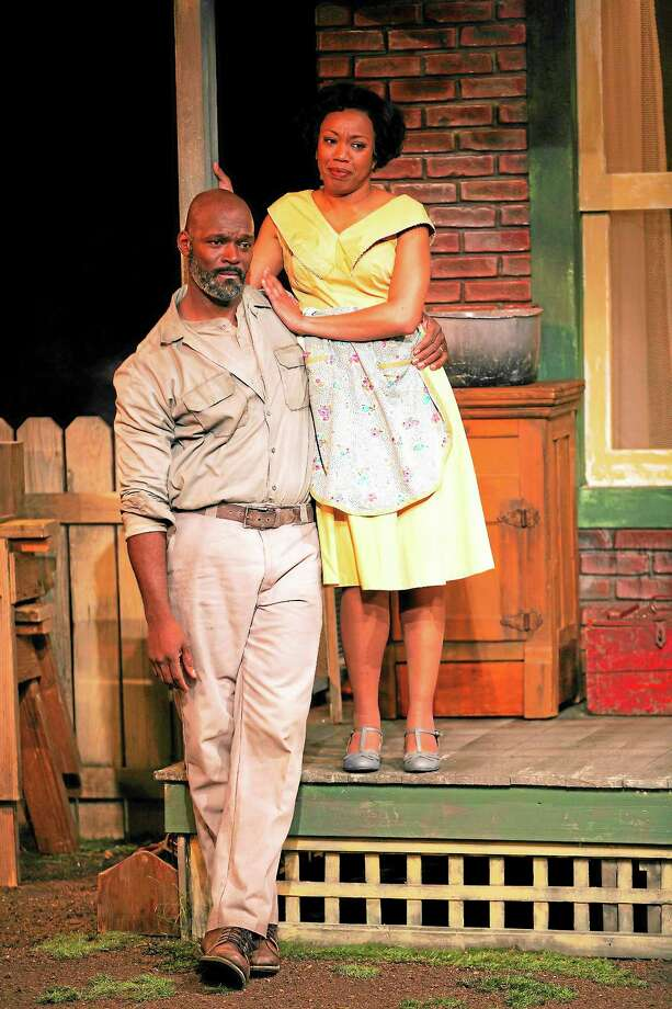 Fences, by August Wilson, at Long Wharf Theatre, co-production with the McCarter Theatre Center11/26/13Director: Phylicia RashadCostume Design: EsosaLighting Design: Xavier PierceSet Design:John IacovelliSound Design: John Gromada © T Charles Ericksontcepix@comcast.nethttp://tcharleserickson.photoshelter.com/ Photo: Journal Register Co. / © T Charles Erickson