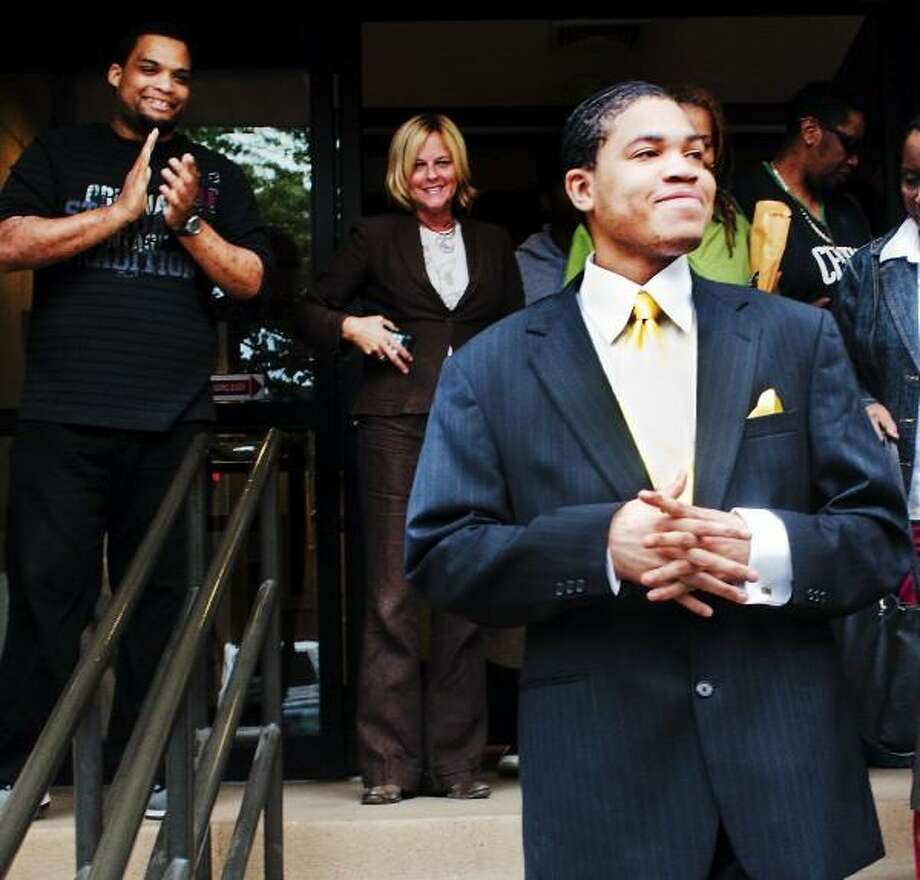 Tashaun Fair  leaves court after being acquitted of  the killing of Mitchell Dubey  8/1. Melanie Stengel/New Haven Register