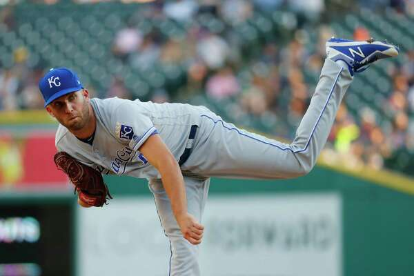 Kansas City Royals pitcher Danny Duffy throws against the Detroit Tigers in the first inning of a baseball game in Detroit, Tuesday, July 25, 2017. (AP Photo/Paul Sancya) ORG XMIT: MIPS105