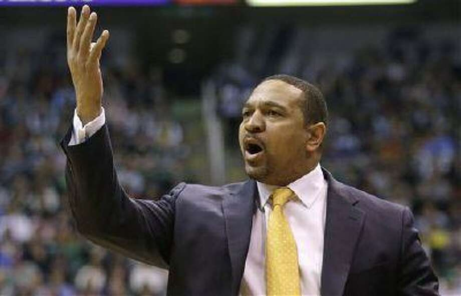 Golden State Warriors' head coach Mark Jackson yells to a referee in the second half of an NBA game against the Utah Jazz, Feb. 19, 2013, in Salt Lake City. Photo: AP / AP