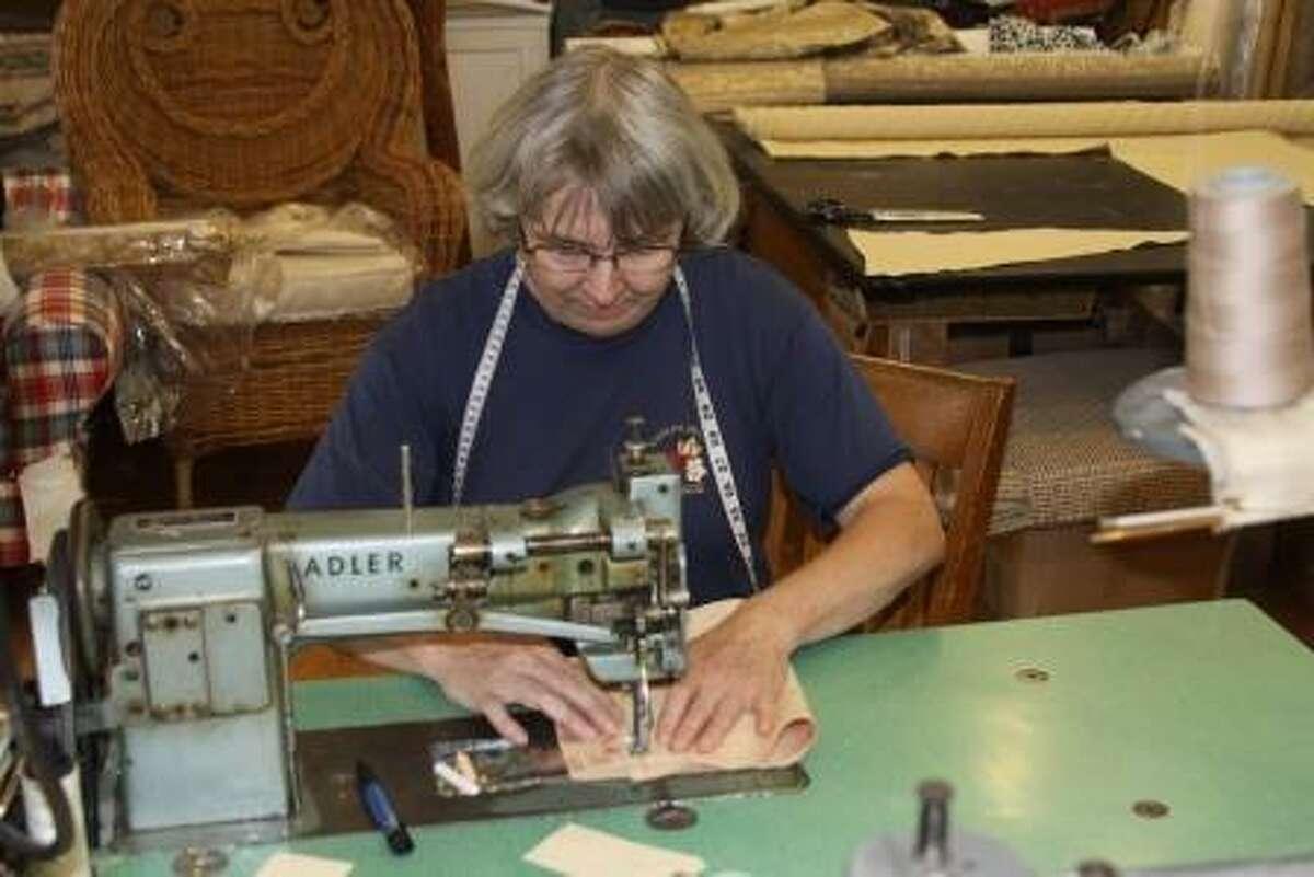 Aleksandra Michna sewing.
