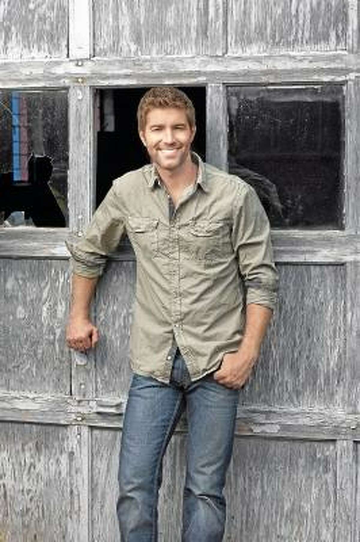 Submitted photo Josh Turner will be thrilling the crowd at the Durham Fair on Saturday, Sept. 28. Turner has sold more than five million albums and garnered four No. 1 hits.