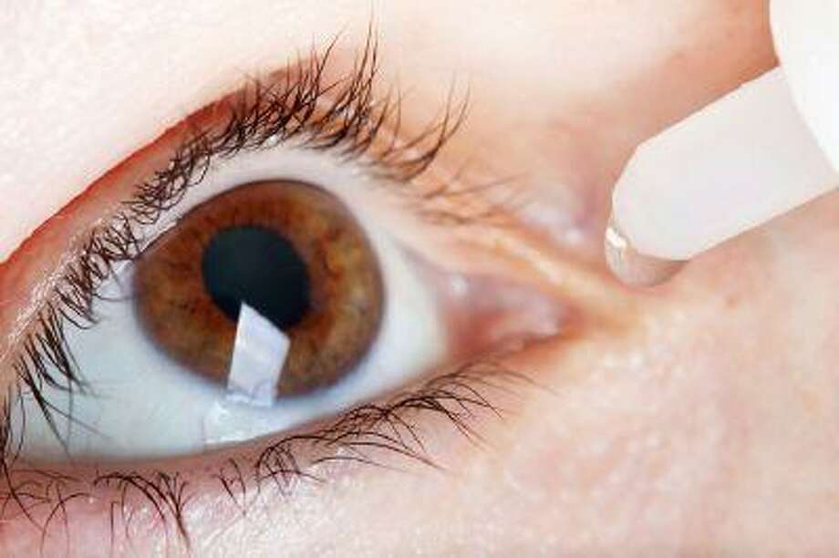 """""""Worming"""" and """"eyeballing"""" are just two of many dangerous trends that could spread disease to your eyes, including sexually-transmitted diseases like HPV. Photo: Getty Images/iStockphoto / iStockphoto"""