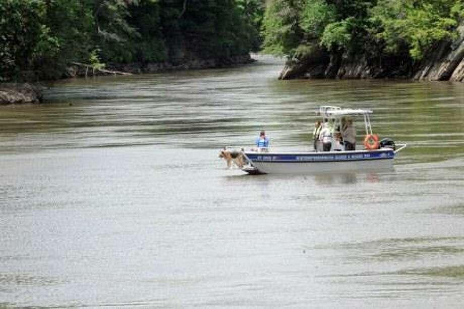 Searchers on Lake Lillinonah.