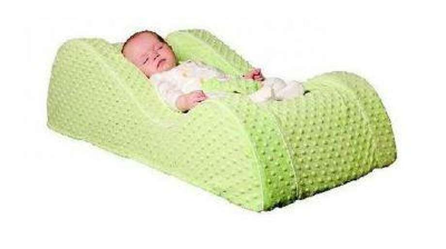Baby Matters LLC is recalling baby recliners linked to five infant deaths as part of a settlement with the Consumer Product Safety Commission, the U.S. agency said on Friday.