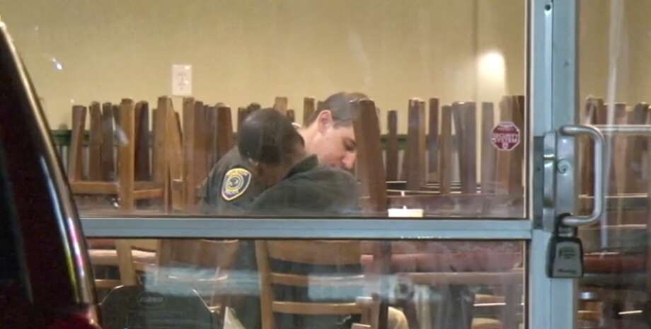 A store clerk at a Third Ward Wingstop fired late Tuesday at a man who nabbed $350 out of the restaurant's cash register. (Metro Video) Photo: Metro Video