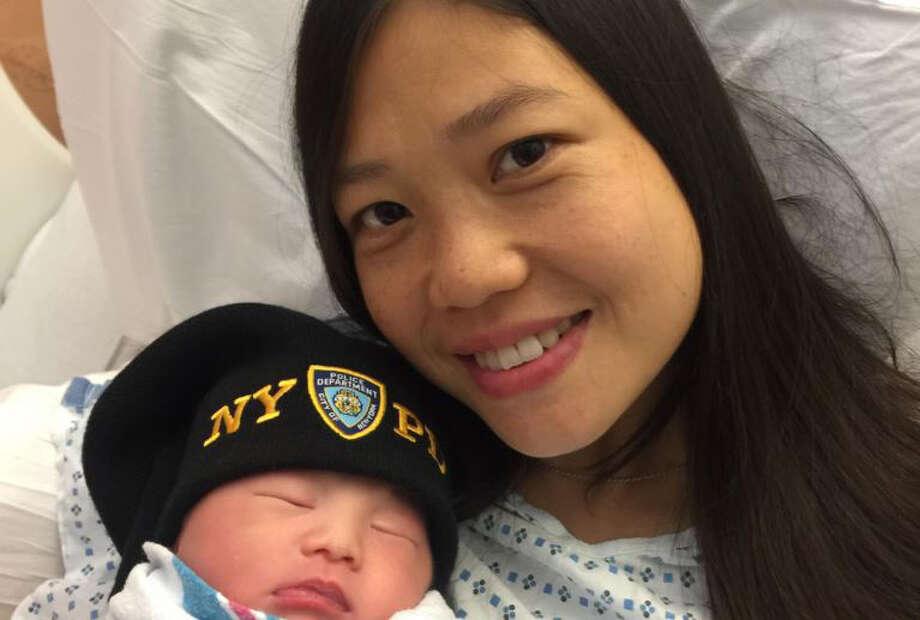 Widow of slain NYPD cop Wenjian Liu gives birth to baby girl