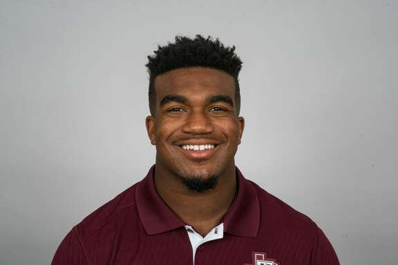 A video of Texas A&M linebacker Tyrel Dodson squatting 675 pounds has gone viral.