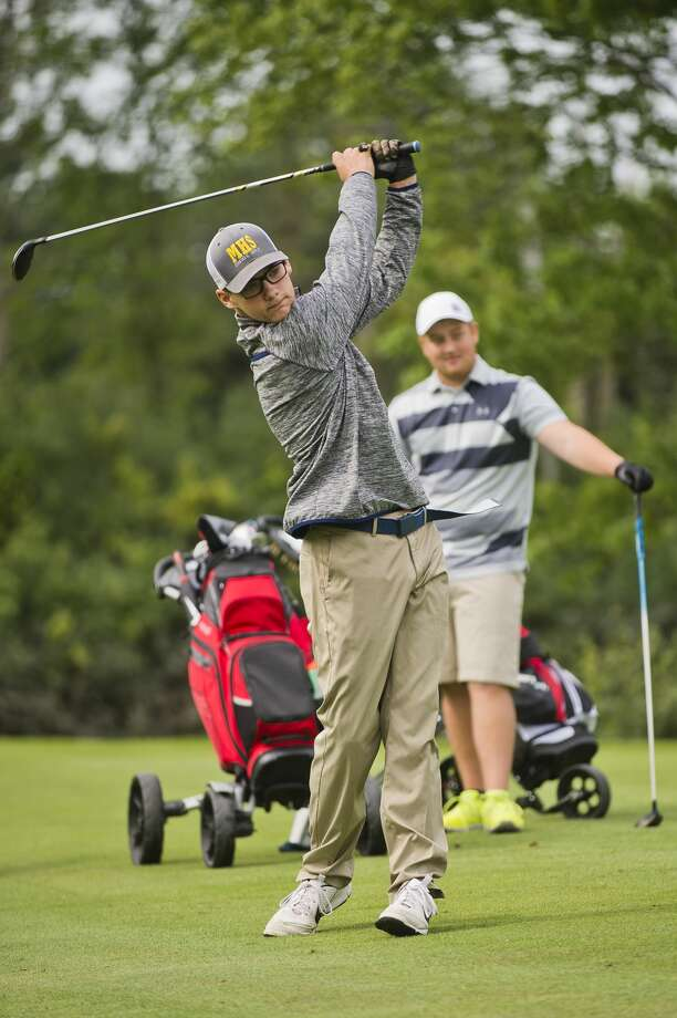 Midland High's Mason Frost competes in the Junior City Golf Championship on Wednesday, July 26, 2017 at Currie Golf Course. Photo: (Katy Kildee/kkildee@mdn.net)