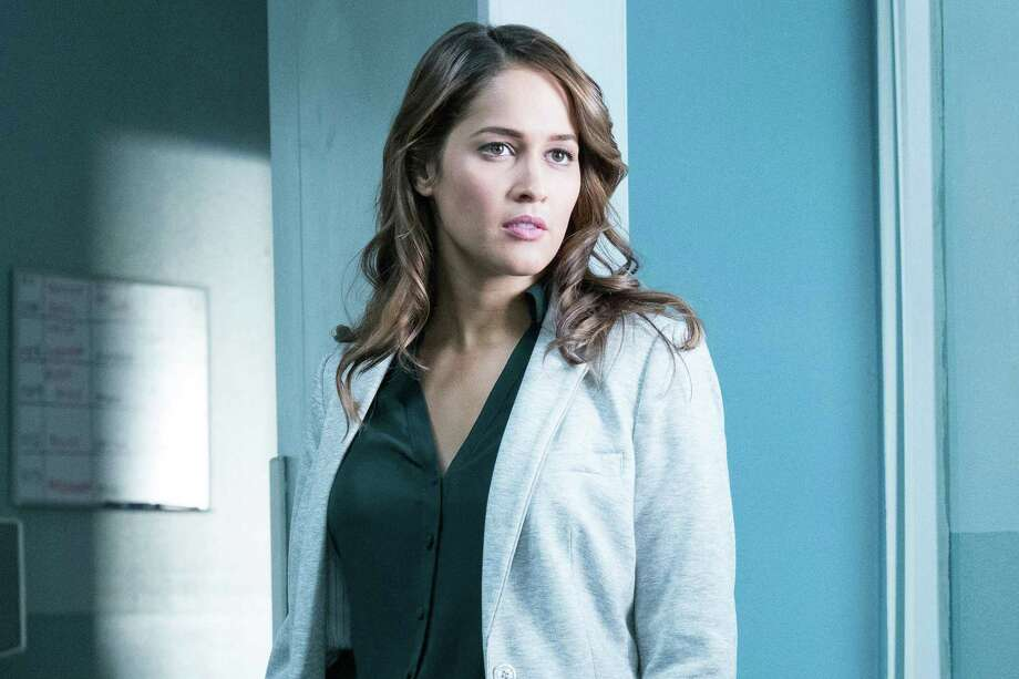 'Grey's Anatomy' spinoff about firefighters casts Jaina Lee Ortiz