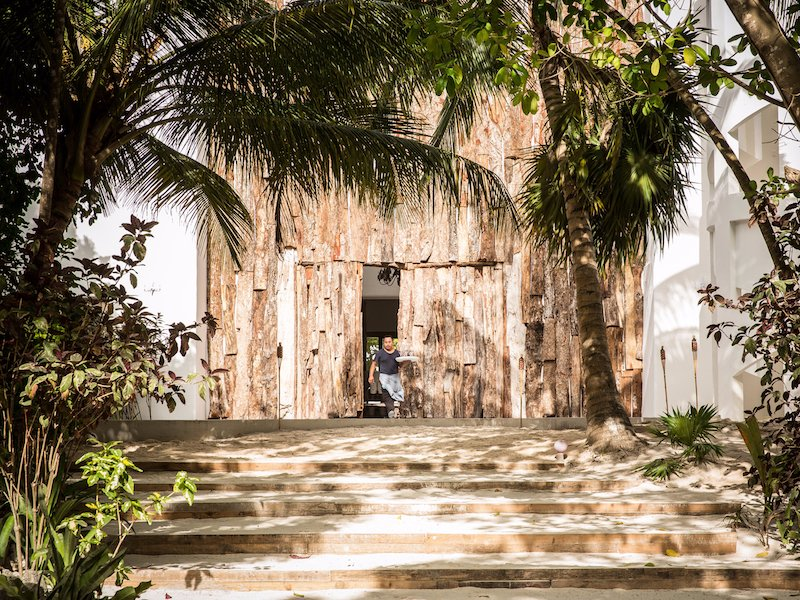 One of pablo escobar 39 s former mansions has been for La mansion casa hotel apurimac