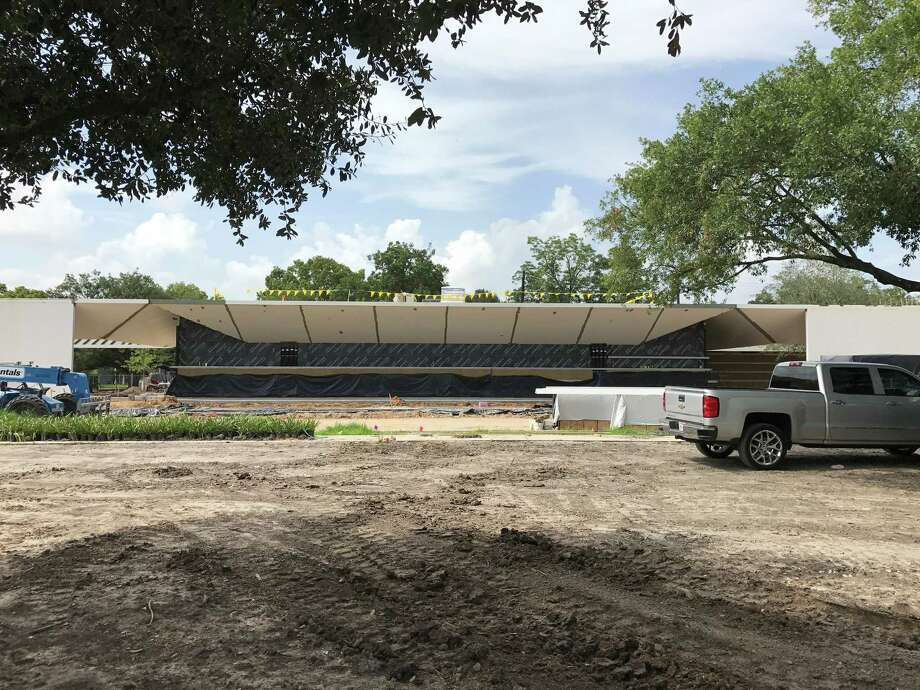 The front facade of the Menil Drawing Institute on Tuesday, July 25, 2017. Photo: Molly Glentzer