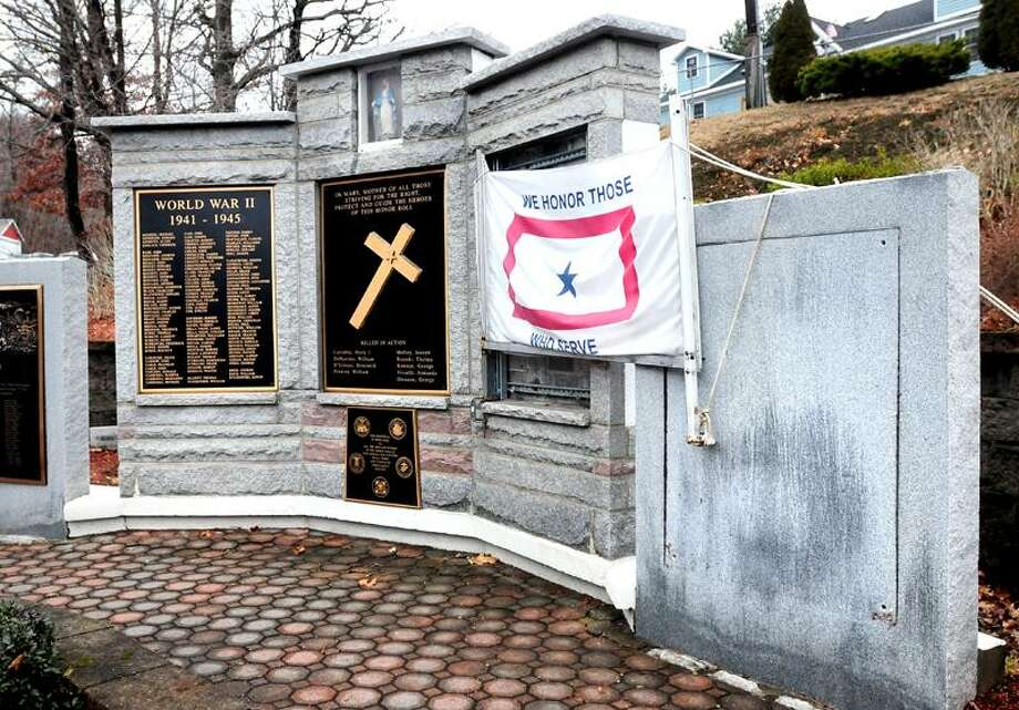 Two plaques were stolen from the Woodbridge Avenue Honor Roll and War Memorial in Ansonia.  Arnold Gold/Register